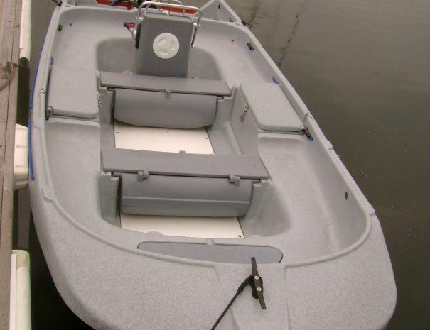 Funyak 450 huur boot aan de steiger in kortgene
